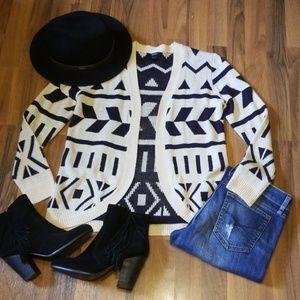 {Forever 21} Cream & Black Open Cardigan Sweater